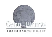 Cena en Blanco, Mallorca by Alejandro Macià